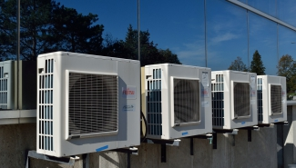 Air-to-air heat pump: building insulation requirements